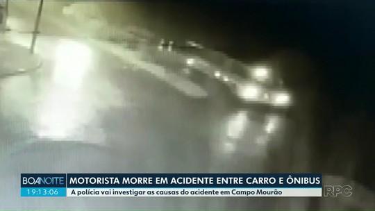 Batida entre carro e ônibus mata motorista, em Campo Mourão