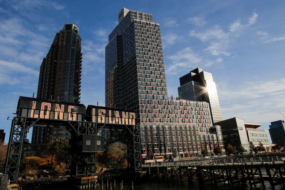 Long Island City, que fica no Queens em Nova York, foi um dos locais escolhidos para receber a nova sede da Amazon. — Foto: Eduardo Munoz/Reuters