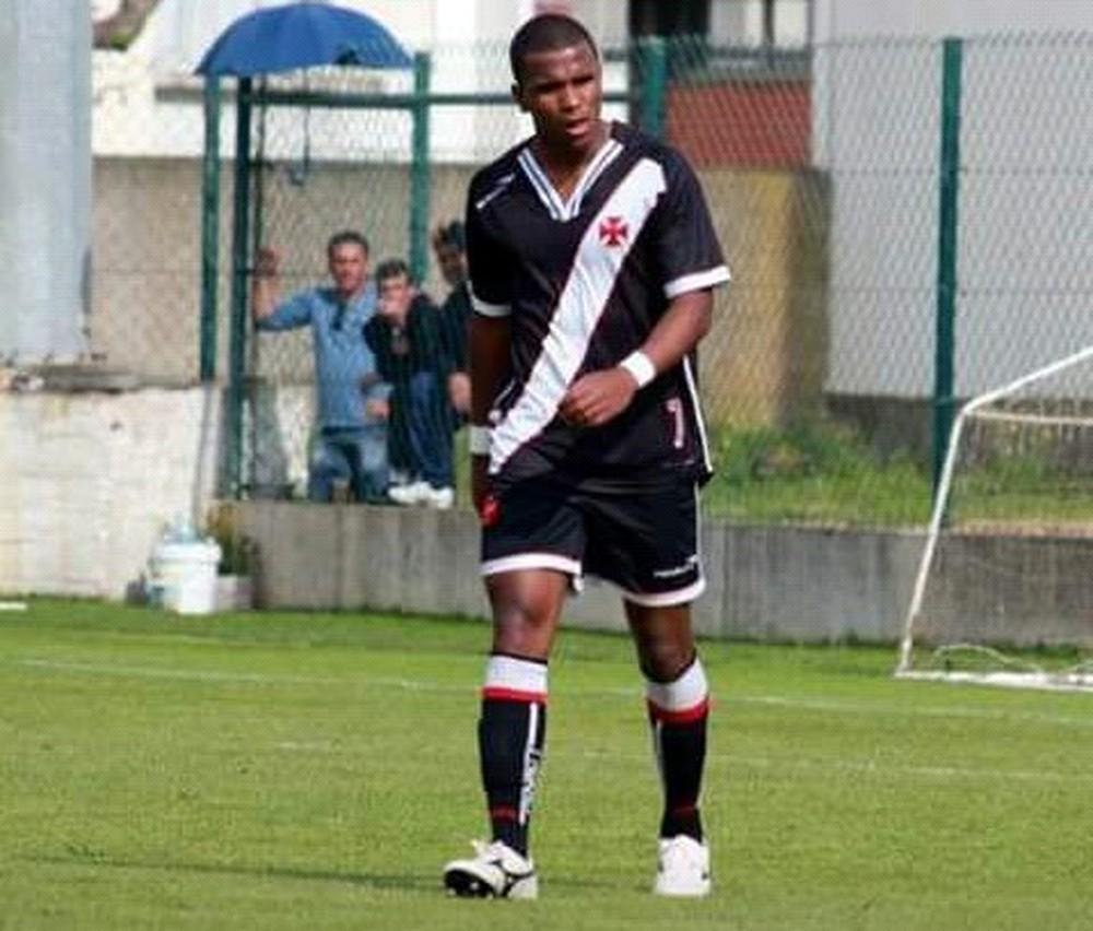 Ex-jogador do Vasco é assassinado a tiros no litoral de SP 5cebe1fc6ff74