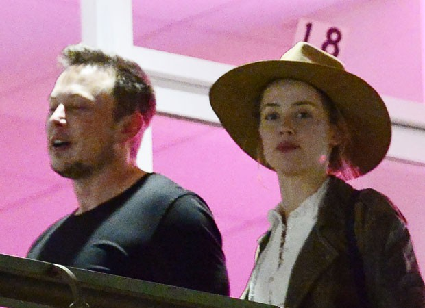 Amber Heard e Elon Musk (Foto: The Grosby Group)