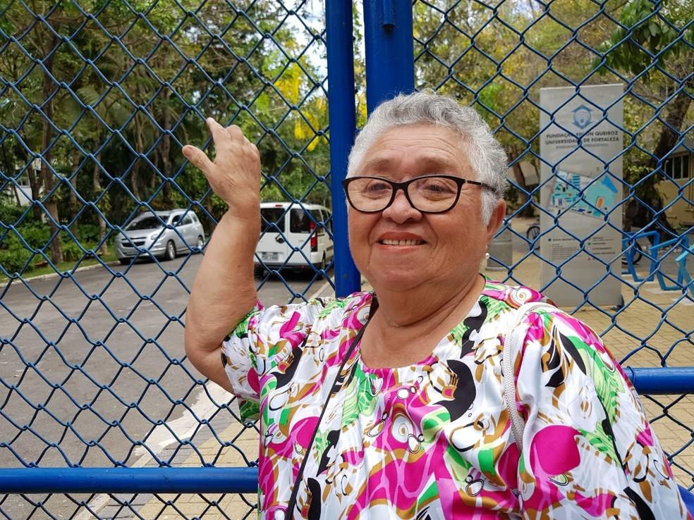 Dona Izildete Perreirra da Silva, 72 anos, tenta entrar no curso de Arquitetura via Enem — Foto: José Leomar/SVM