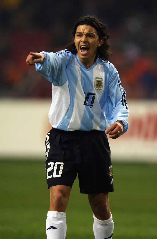 Marcelo Gallardo em ação pela seleção argentina em 2003 — Foto: Getty Images