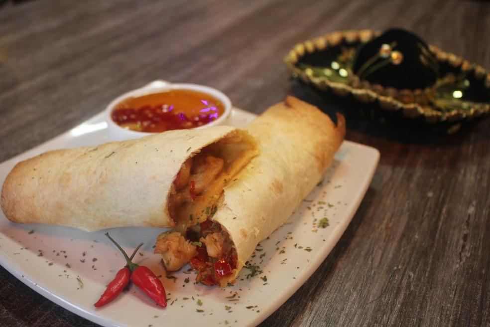 Burrito mexicano de frango com geleia de pimenta, do chef de cozinha Bruno Branco (Foto: Mariane Rossi/G1)