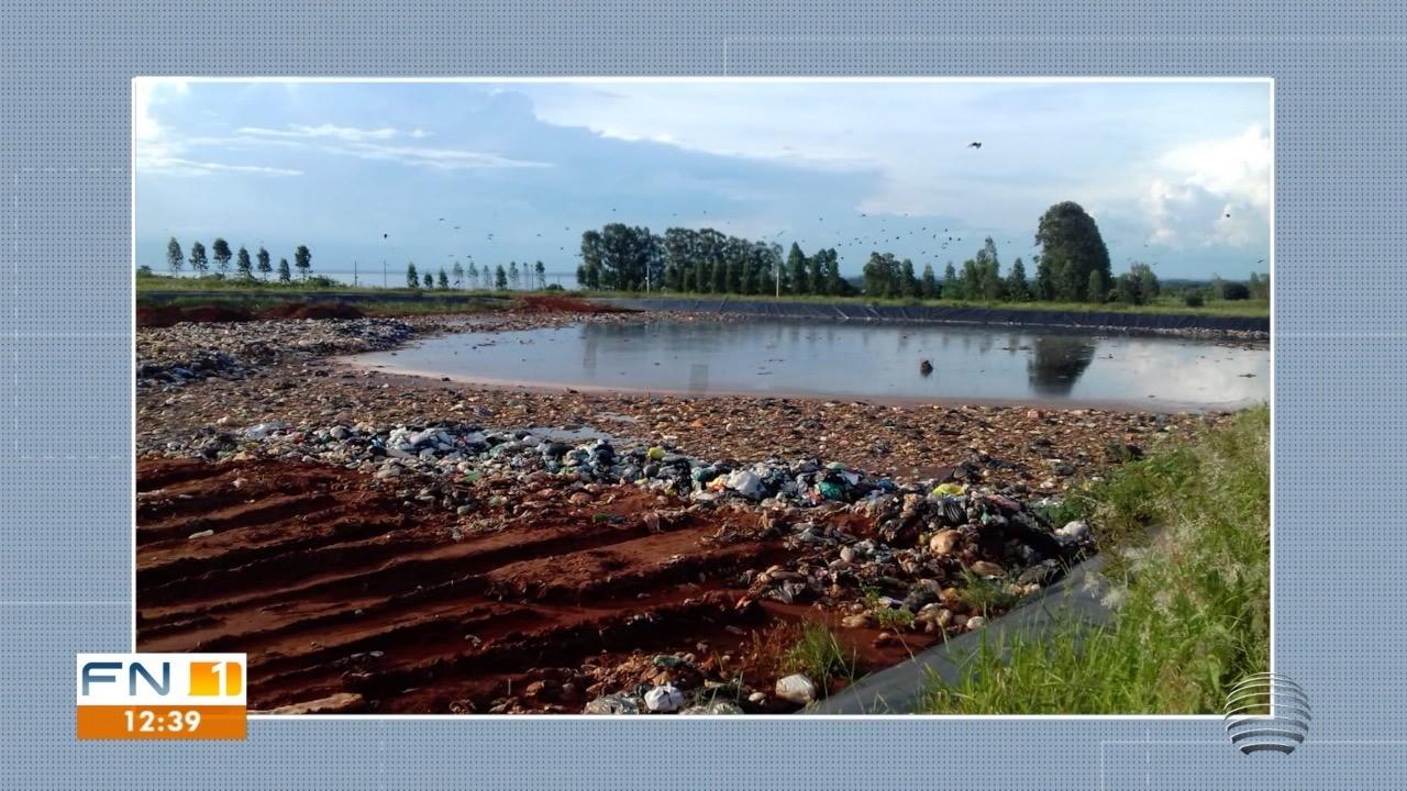 Moradores de sítios reclamam do acúmulo de lixos em aterro sanitário