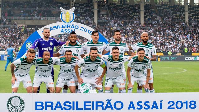 Jogadores do Palmeiras antes da partida contra o Vasco
