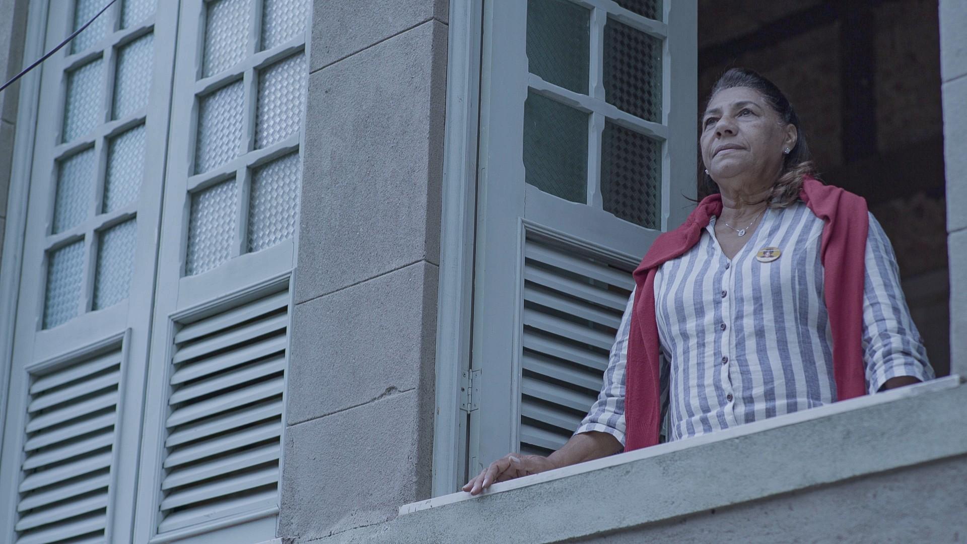 """Marinete é a protagonista do primeiro episódio de """"Sob Traçantes"""" (Foto: Divulgação)"""