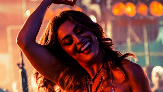 Juliana Paes adianta novo barraco de Bibi em baile funk