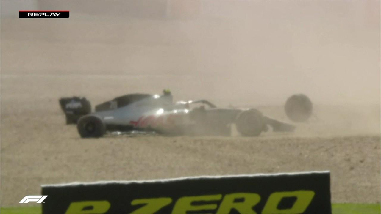 Magnussen perde a roda e deixa o GP da Inglaterra