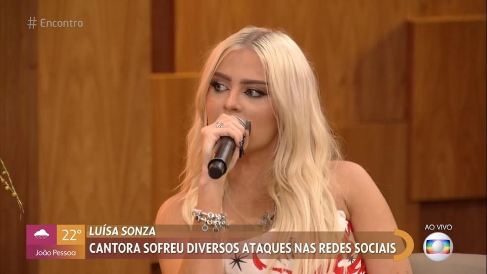 Luísa Sonza conversa com Fátima Bernardes sobre ataques virtuais — Foto: Globo