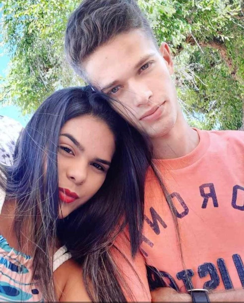 Gabriella Nascimento de Góis, de 19 anos, e João Vitor Lima da Silva, de 21, morreram em acidente na BR-226, na tarde deste sábado (28), em Macaíba — Foto: Arquivo da família
