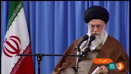 EUA foram 'perdedores' nos 40 anos de confronto, diz líder supremo do Irã