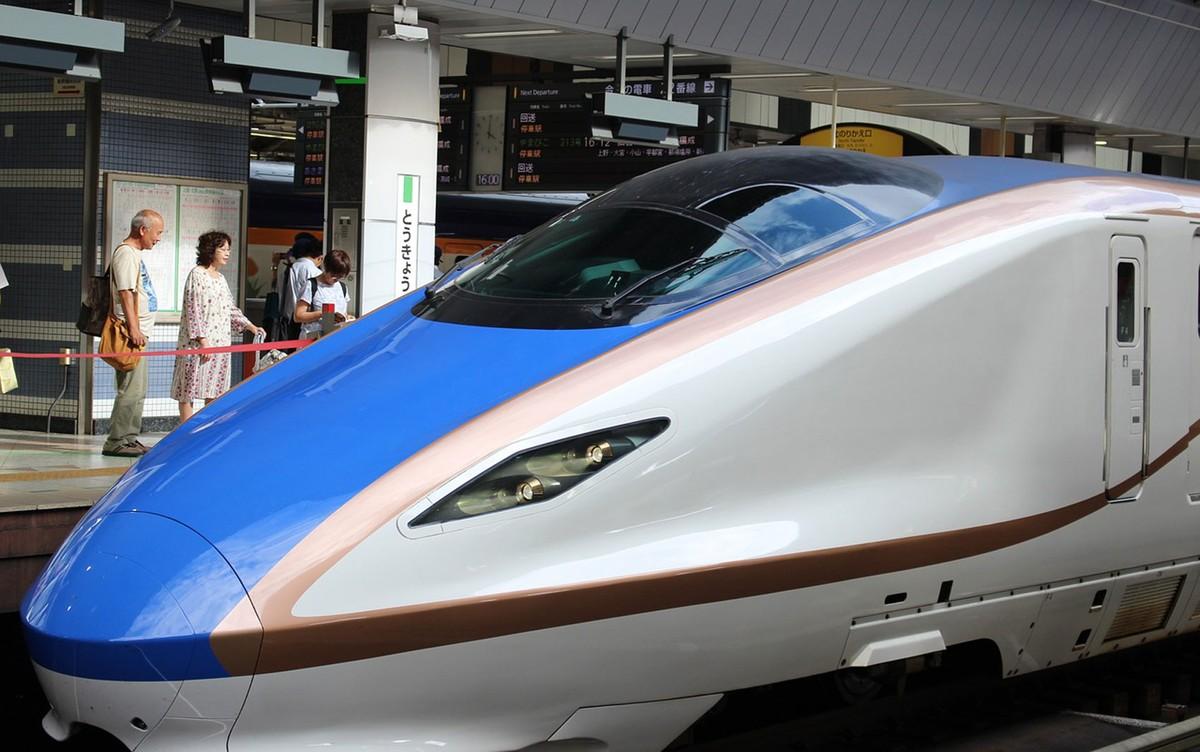 Como o hobby de um engenheiro japonês solucionou um grande problema no trem-bala