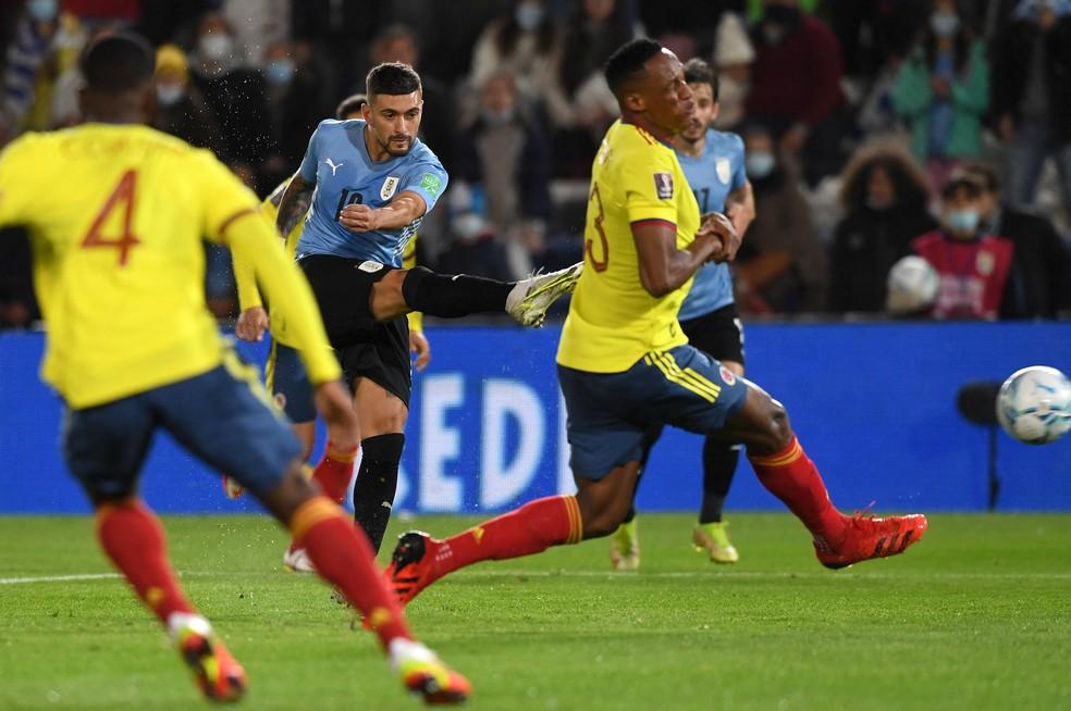 Arrascaeta sentiu lesão durante o jogo entre Uruguai e Colômbia — Foto: AFP