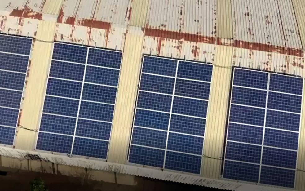 Imagem aérea das placas voltaicas implantadas em empresa de Indaiatuba  — Foto: Hi-Tec Indústria Química/Divulgação