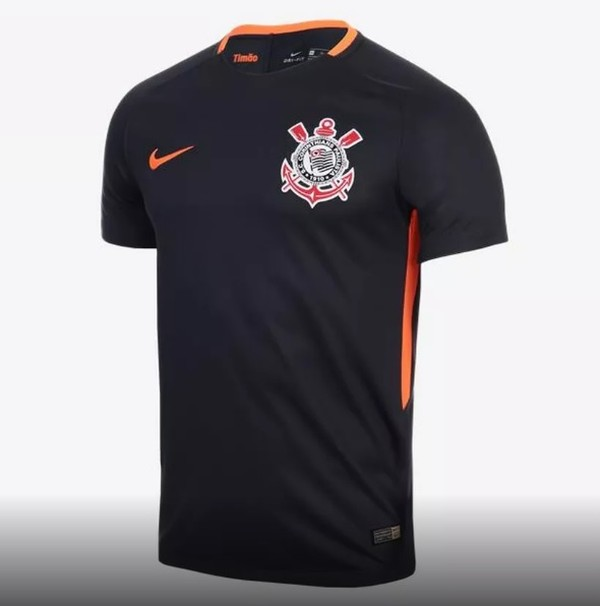 Corinthians deve estrear sua nova terceira camisa na Vila Belmiro (Foto   Reprodução) O Corinthians deve estar de roupa nova no reinício do  Brasileirão após ... b7d3729fcaacf