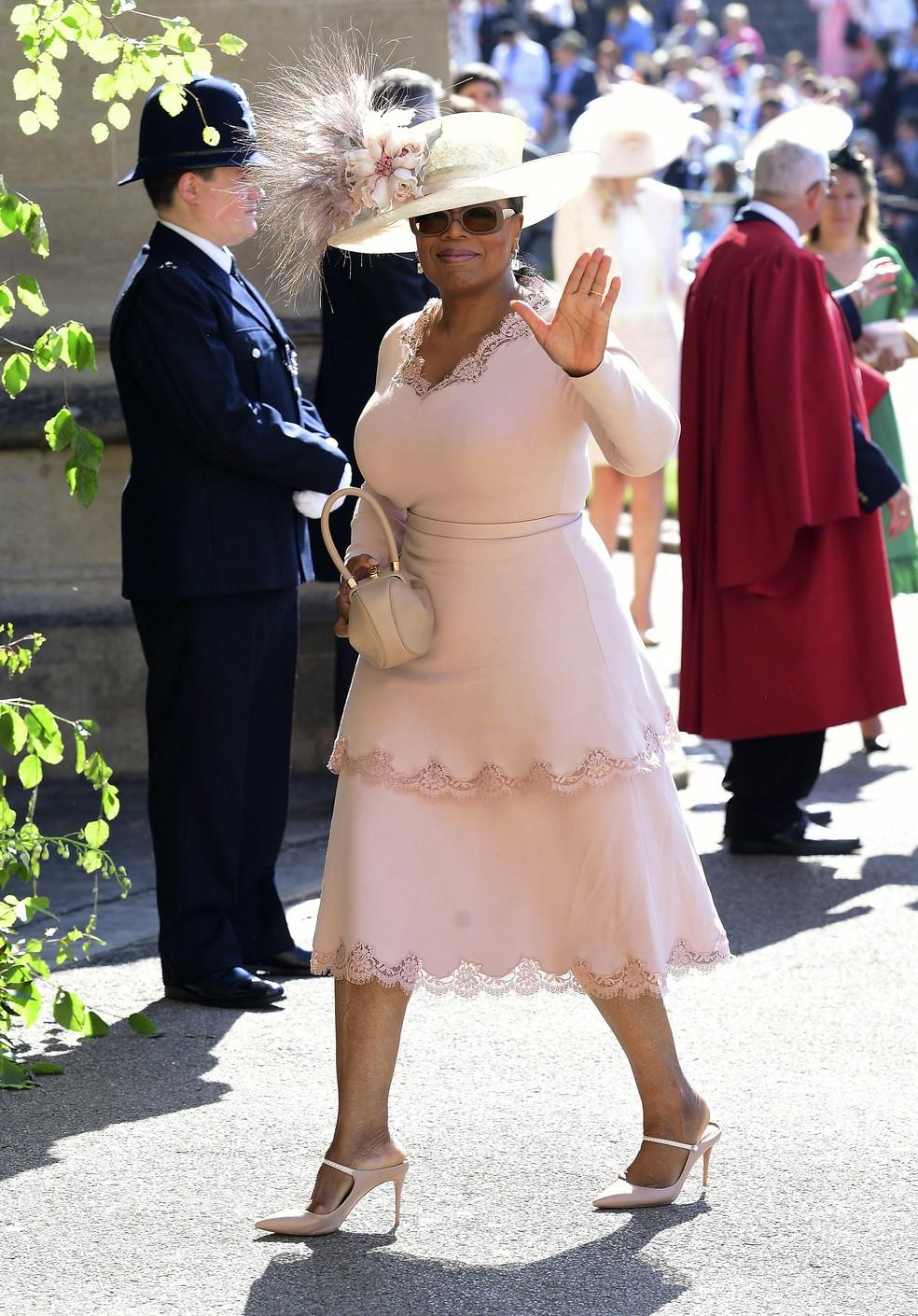 Oprah Winfrey chega  capela de So Jorge no Castelo de Windsor para o casamento de Harry e Meghan Foto Ian Westpool photo via AP