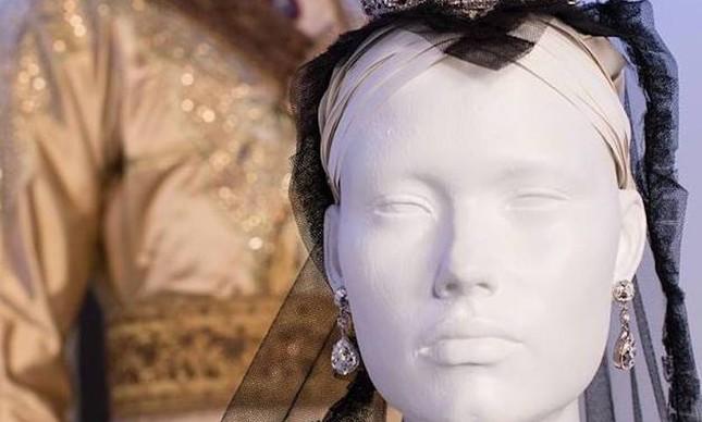 Figurinos criados por Consolata Boyle para o filme Victoria & Abdul