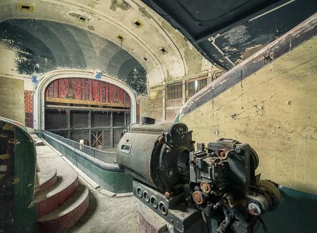 Teatro abandonado na Bélgica (Foto: Michael Schaw/ Reprodução)