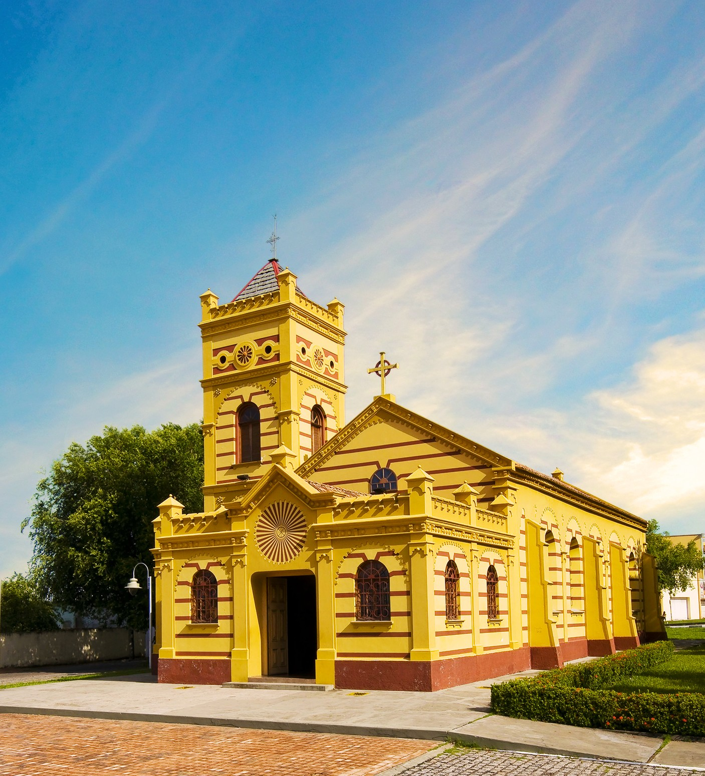 Em Roraima, Igreja Matriz de Nossa Senhora do Carmo é símbolo de fé e devoção  - Notícias - Plantão Diário