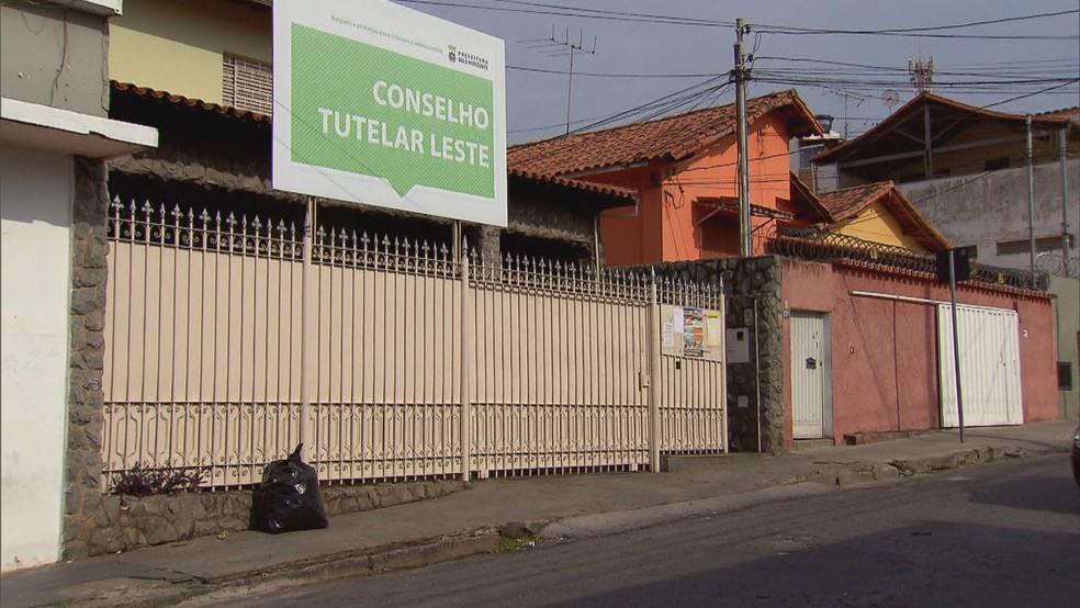 Eleitores de Minas Gerais vão às urnas escolher conselheiros tutelares neste domingo (6) — Foto: Reprodução/TV Globo