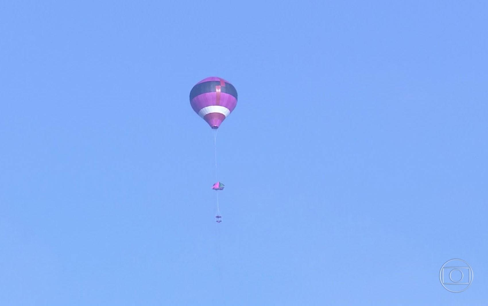 Imagens mostram balões passando perto de rota de aviões no Rio