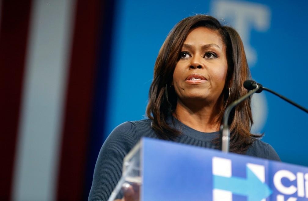 Comentários de Michelle Obama sobre a Síndrome de Impostor inspiraram relatos de outras pessoas — Foto: Jim Cole/AP