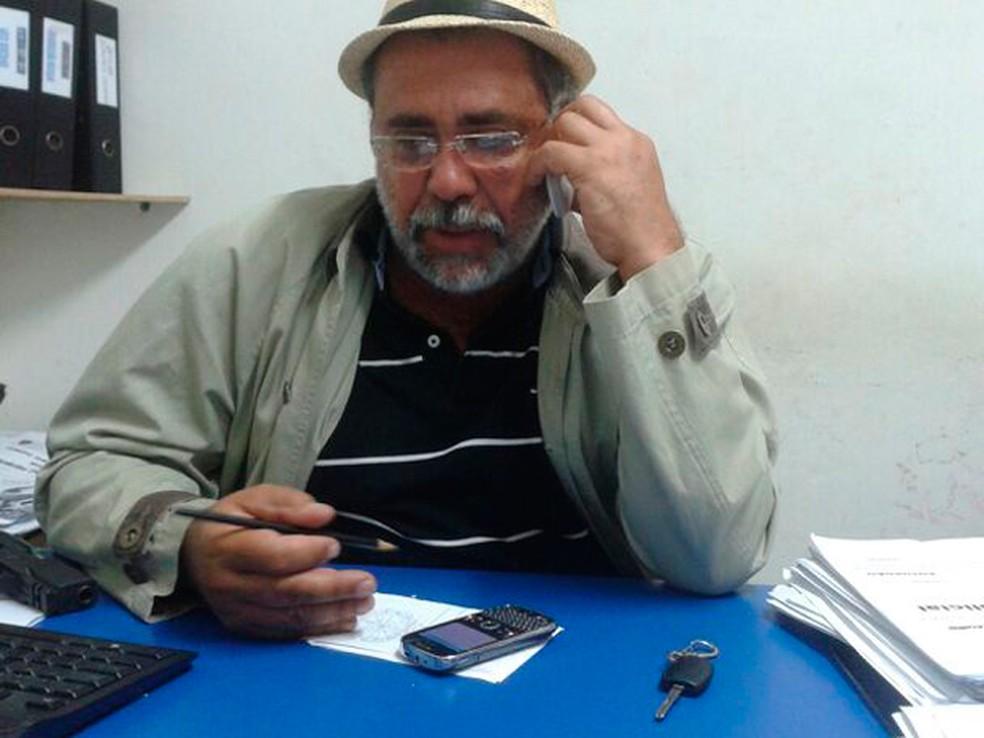 Delegado aposentado Delmontiê Falcão — Foto: Sara Cardoso/Inter TV Cabugi