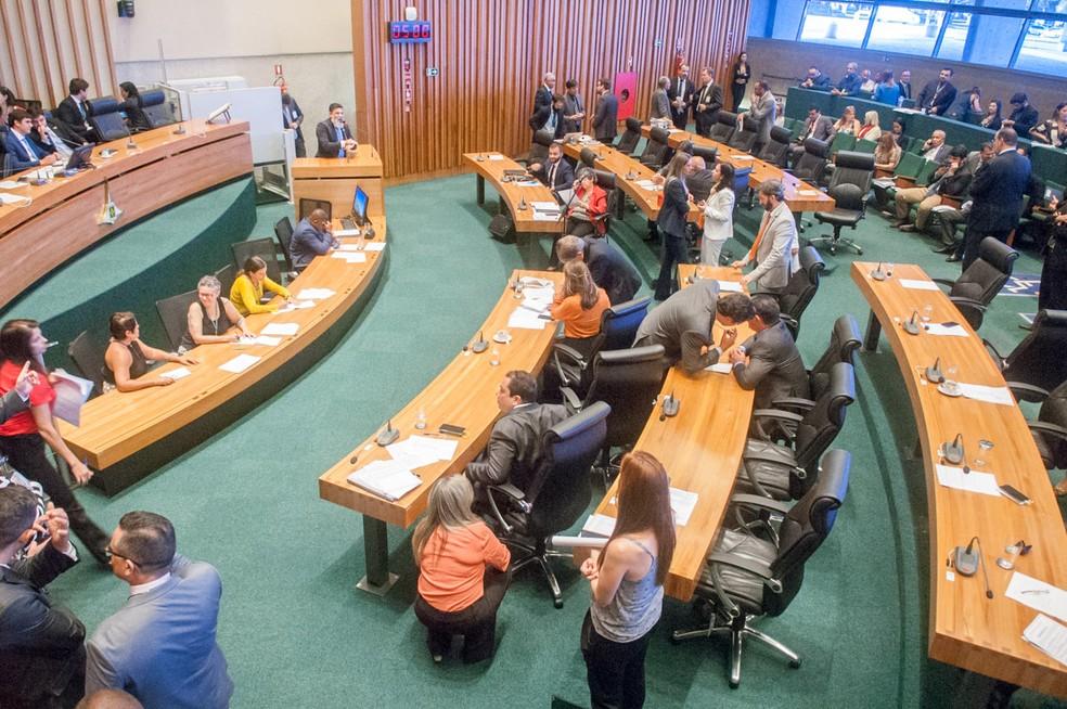 Sessão plenária na Câmara Legislativa do Distrito Federal  — Foto: Carlos Gandra/CLDF