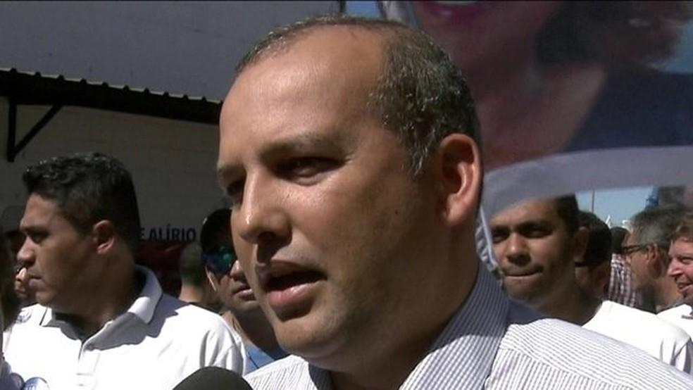 Alvo de ação da PF, presidente do PROS está foragido; sete são presos — Foto: Reprodução/JN