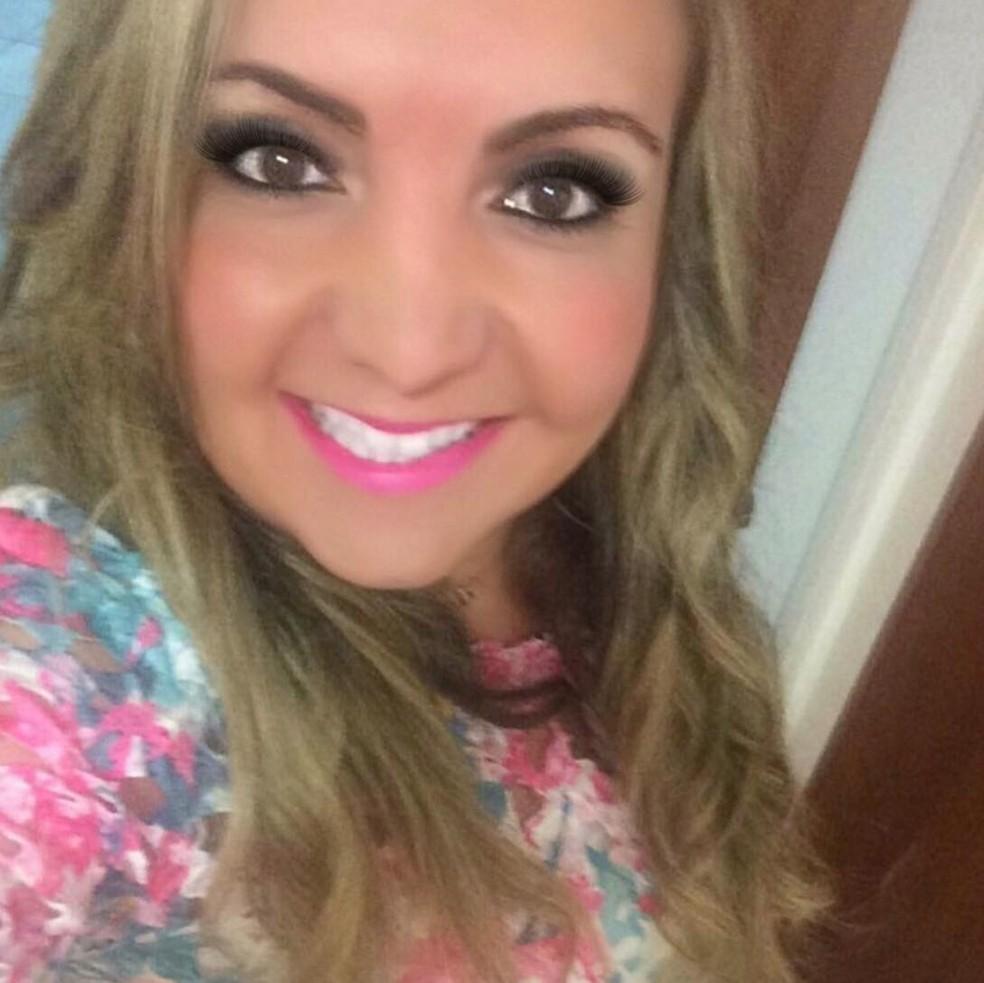 Médica Ana Paula Rodrigues Alves morreu em decorrência de complicações da Covid-19 — Foto: Arquivo Pessoal