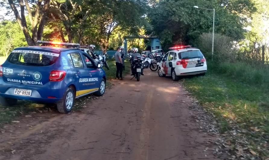 Coronavírus: Operação interdita clube em São Carlos com 40 pessoas às margens da SP-215