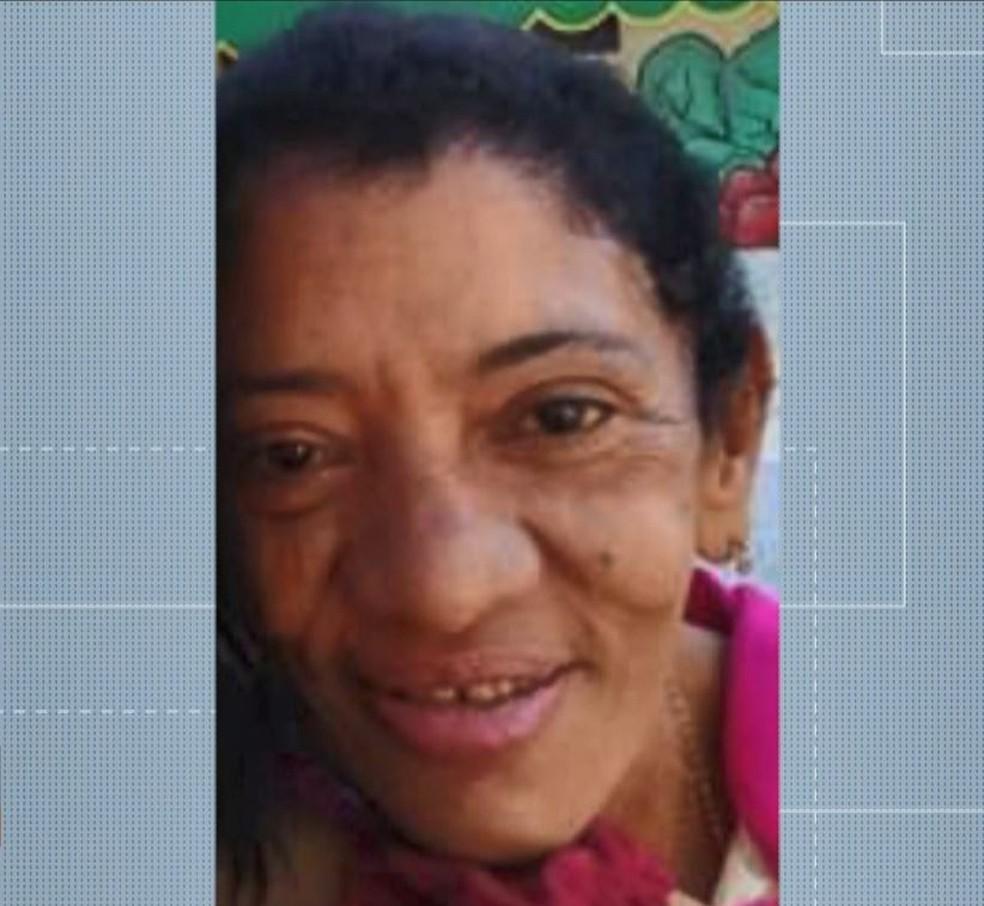 Celma tinha três filhos, mas morava sozinha em Piúma — Foto: Reprodução/TV Gazeta