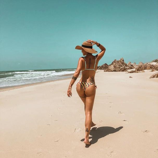 Gabriela Pugliesi em praia do Ceará (Foto: reprodução/Instagram)