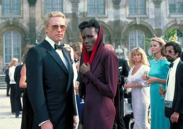 Christopher Walken e Grace Jones em 007: Na Mira dos Assassinos (Foto: Reprodução)