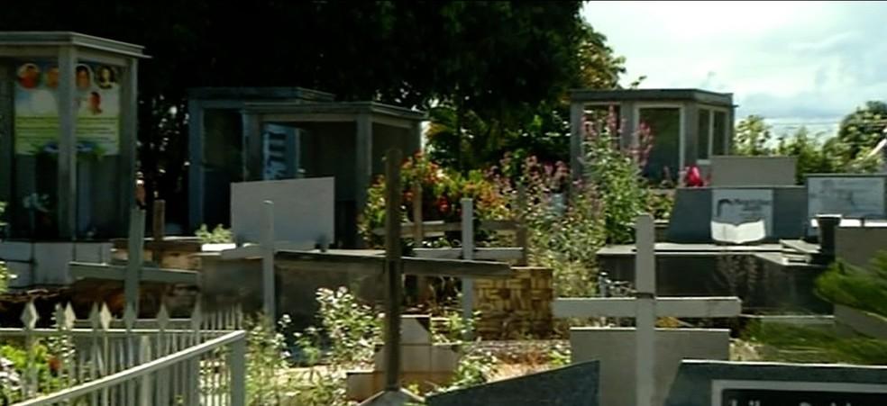 Cemitério público de Araguaína tem mais de 38 mil públicos — Foto: Reprodução/TV Anhanguera