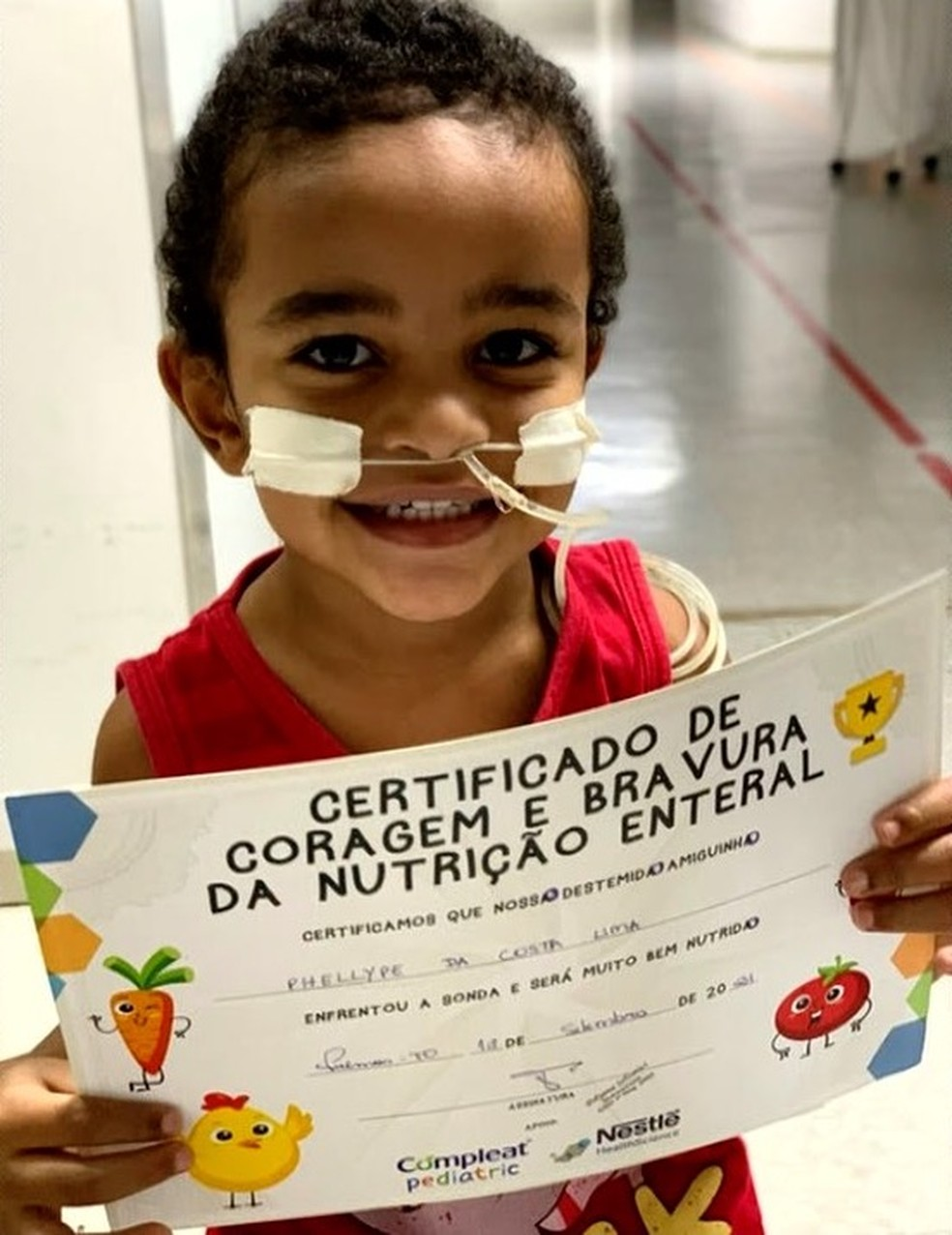 Garotinho tem problemas no esôfago porque tomou soda cáustica — Foto: Reprodução/TV Anhanguera
