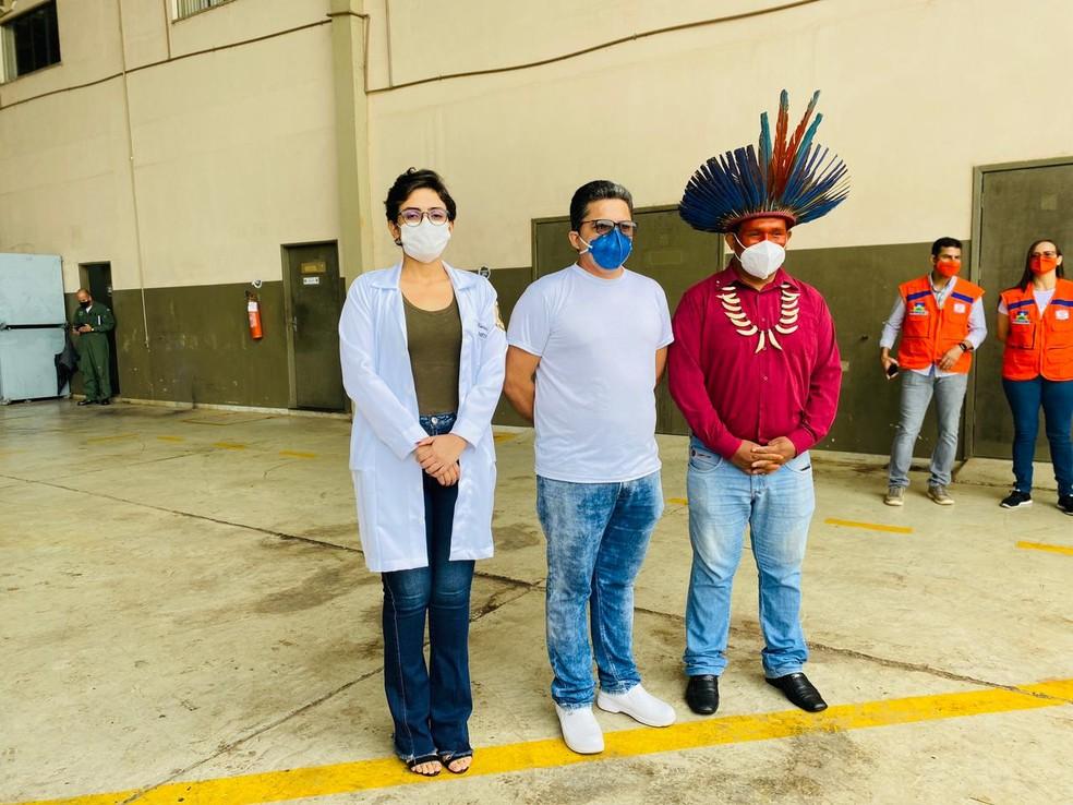 Karina Zingra, Márcio James e Elivar Karitiana serão as primeiras pessoas vacinadas contra Covid-19 em Rondônia. — Foto: Jefferson Carvalho/Rede Amazônica