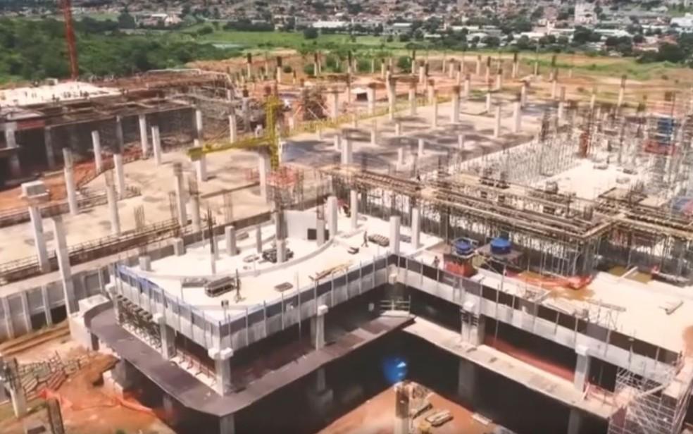 Obra da nova Basílica de Trindade; construção  deve custar R$ 1,4 bilhão após previsão inicial de R$ 100 milhões  — Foto: Reprodução/Fantástico