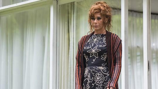 Andréa Beltrão entrega inspiração para viver gêmeas em 'Cidade Proibida': 'Pensava na Ruth e Raquel'