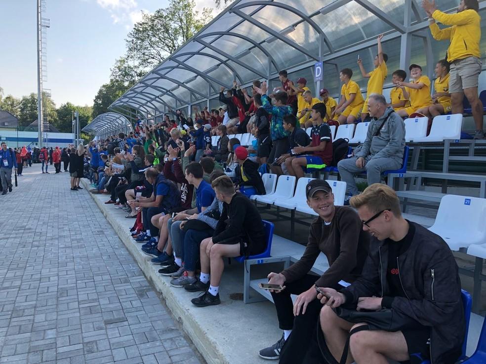 Cerca de 200 pessoas acompanharam atividade em Kaliningrado (Foto: Ivan Raupp)