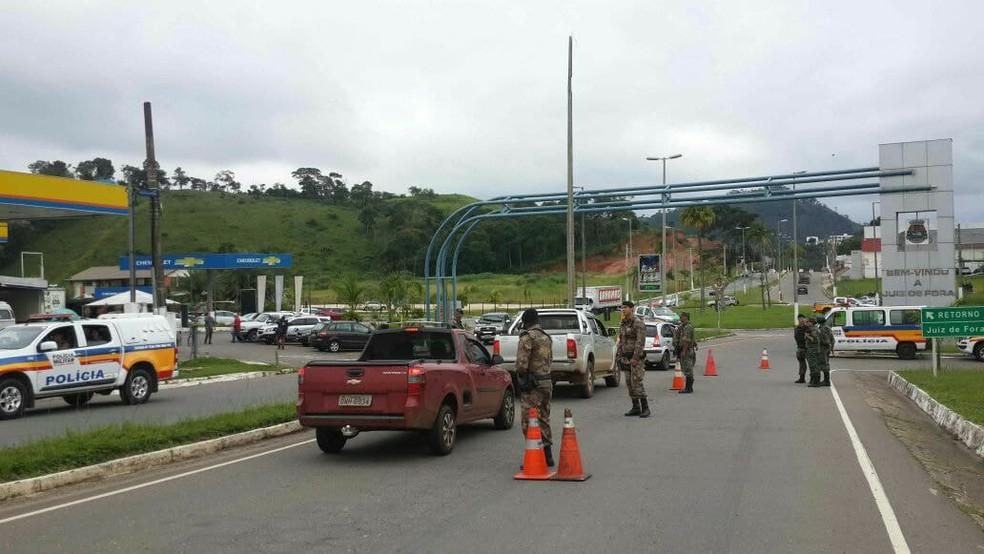 """Mais uma etapa da """"Operação Migro"""" visa ficalizar as fronteiras entre cidades da Zonada Mata com o estado do RJ.  (Foto: Divulgação / PMMG)"""