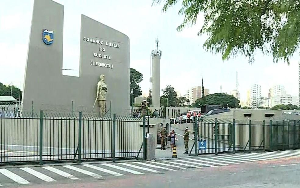 Sede do Comando Militar do Sudeste, em São Paulo — Foto: GloboNews/Reprodução