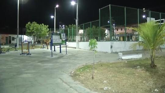 Três crianças são baleadas enquanto brincavam em praça em Fortaleza
