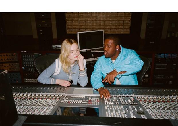 Elle e A$AP no estúdio de gravação (Foto: Divulgação)