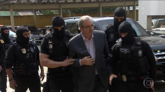 Eduardo Cunha é transferido da carceragem da PF para presídio
