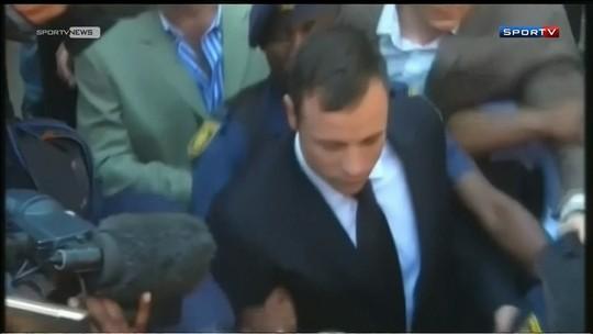 Família de Reeva se diz indiferente a prisão domiciliar de Oscar Pistorius
