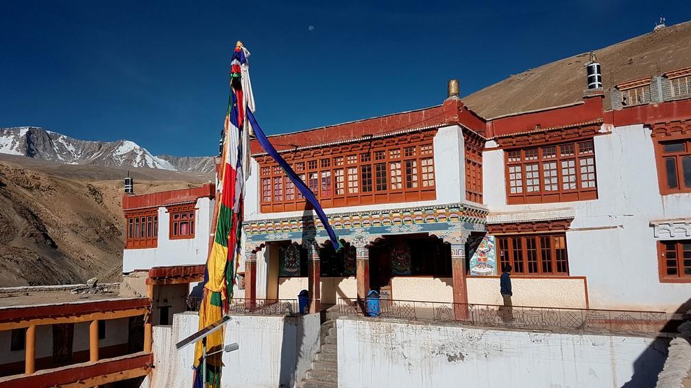 Monastério budista com mais de 300 anos em Karzok, em Ladakh, na Índia (Foto: Rafael Miotto / G1)