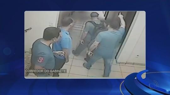 Vereador dá tapa em assessor na Câmara de Catanduva; vídeo