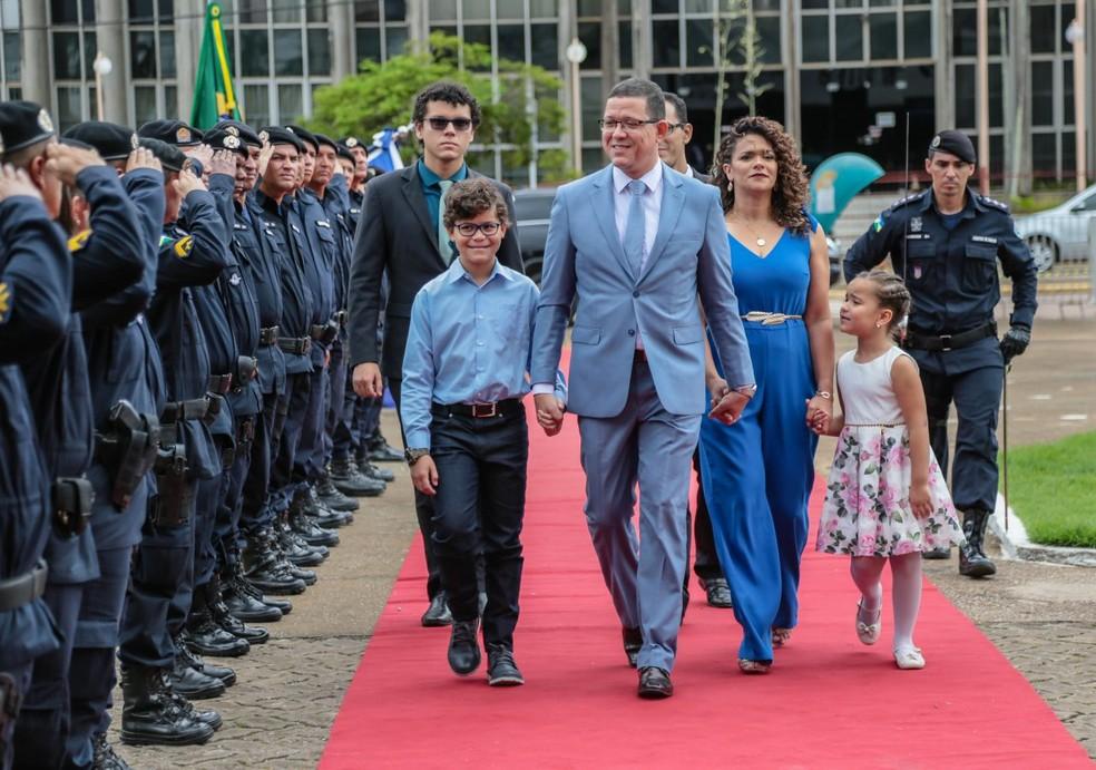 Coronel Marcos Rocha e esposa estão de quarentena.  — Foto: Divulgação/Governo de Rondônia