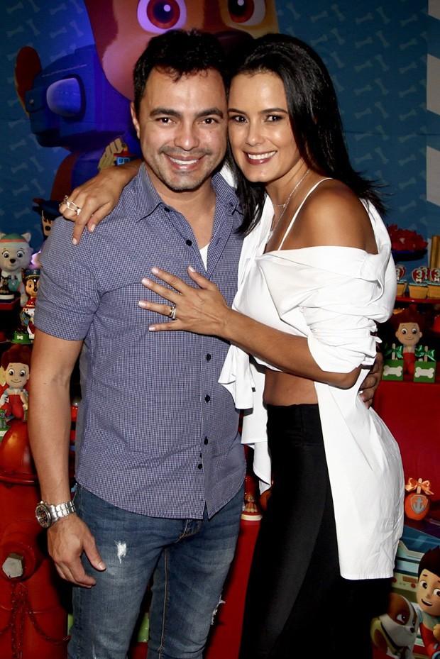 Luciele Di Camargo e o irmão Wesley Camargo (Foto: Manuela Scarpa/Brazil News)